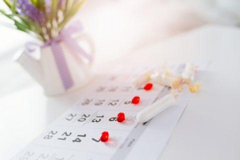 Jak oddálit menstruaci