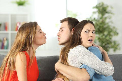 Nevěra muže, nevěra ženy a jak zjistit nevěru
